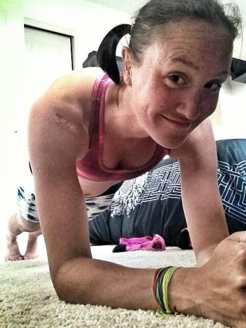 Jacqueline Mariash doing a plank